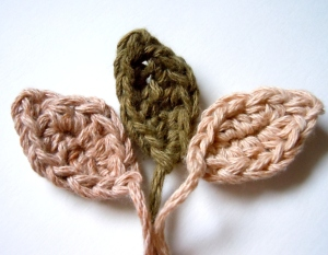 crochet tiny leaves pattern