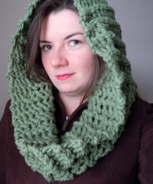 Green Drop Stitch Cowl